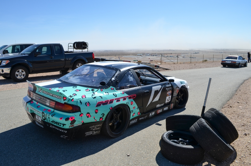 In between qualifying and the race I took a little trip up to the Horse Thief Mile to check out some of the drifing.