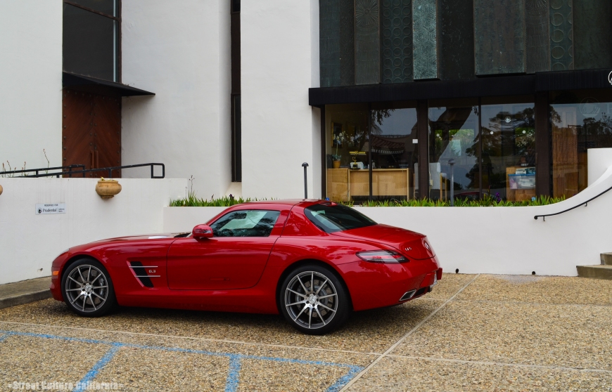 Another new car that I saw was this Mercedes SLS. It is one of my favorite cars on the market today aside from the MP4-12C .