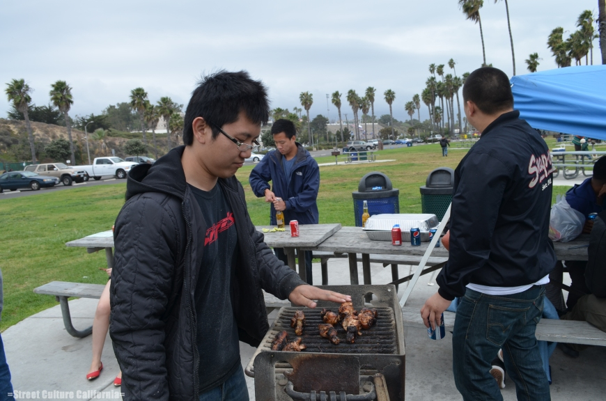 Cung's brother, Dan, was manning the grill. All the team members had to take a turn on the grill but somehow they didnt want me cooking. I'm sure they were just jealous of my awesome cooking skills.