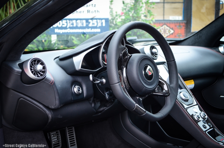 The interior looks again, similar to the P1, but somehow I think the MP4-12c's interior is better thought out than the P1 and doesn't give the impression that is was just thrown together.