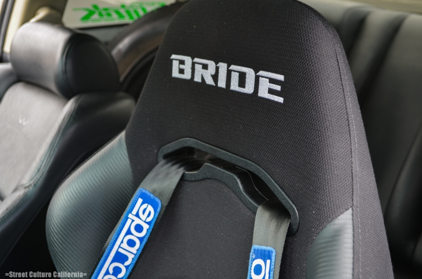 oh look! a Bride seat, fancy, fancy. Although I'm not sure why where is a tire in the back seat..