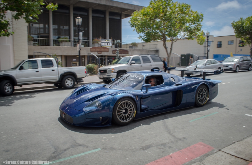 As soon as I snapped the picture of the mustang, I heard what i thought was an Enzo. Then I saw it front end of a Maserati Mc12 Corsa racing down the street. The sound of this v12 was mesmerizing to say the least.